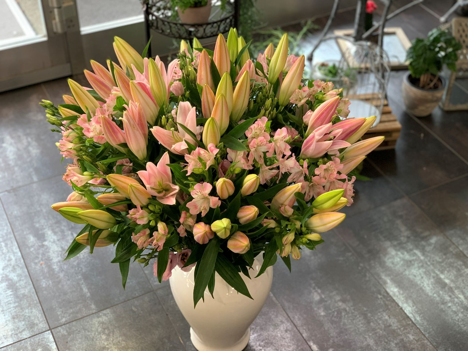 Bouquet de 20 Lys , Alstromeria et Lisianthus N° 41