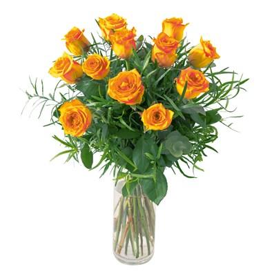 12 Roses oranges avec verdures N° 19