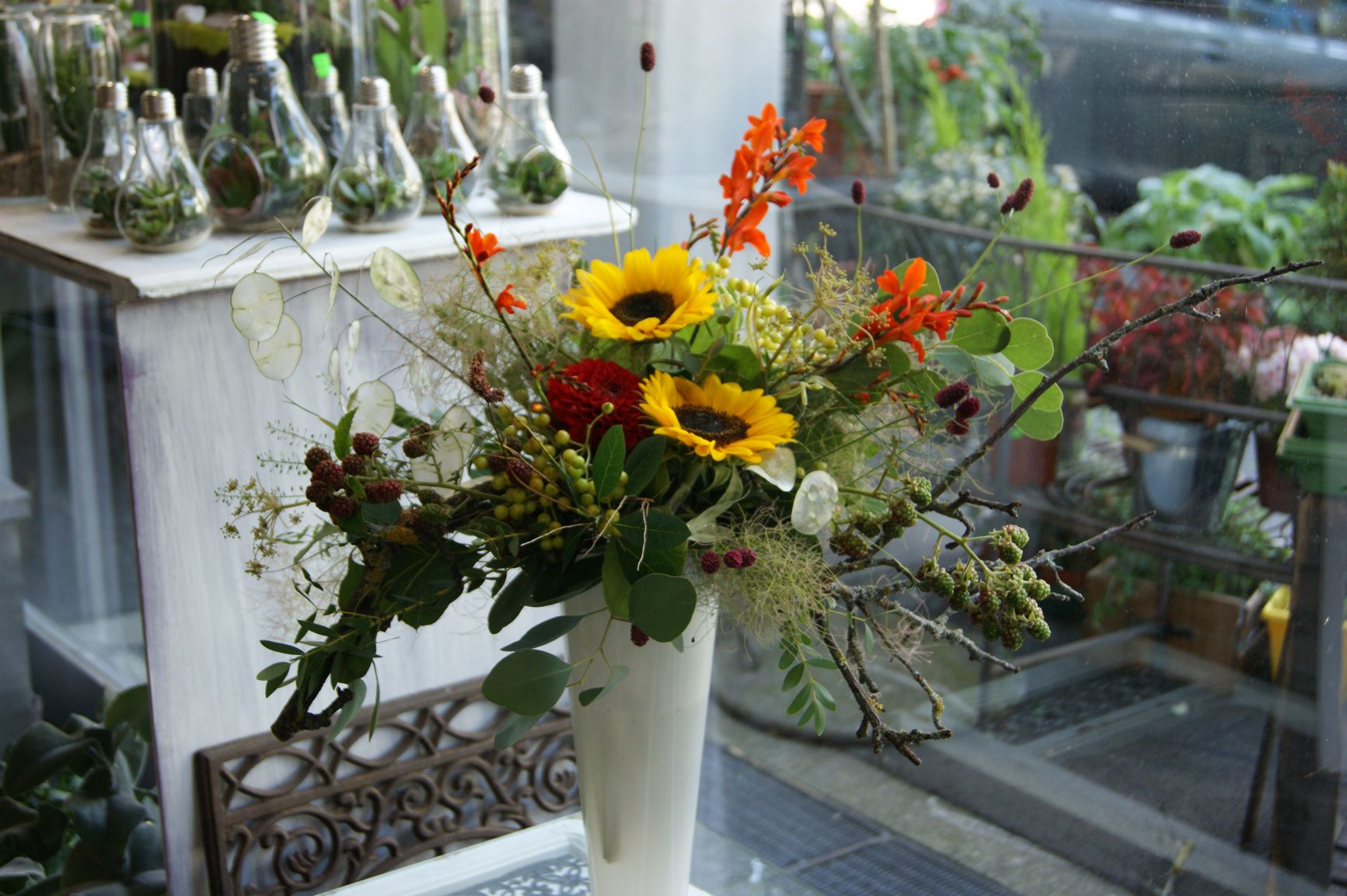 Bouquet ( sans vase ) N° 16