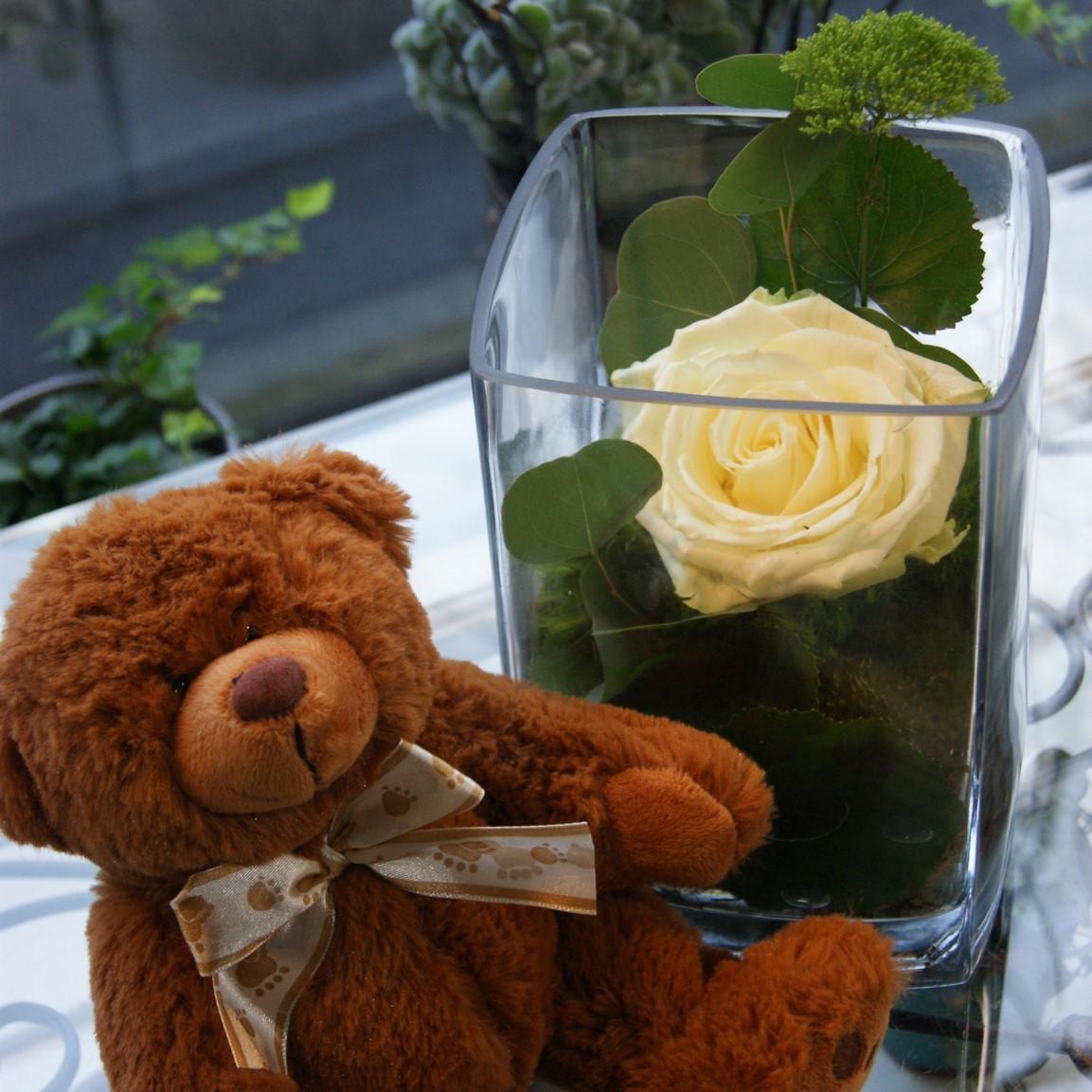 Arrangement floral avec ours  N° 12